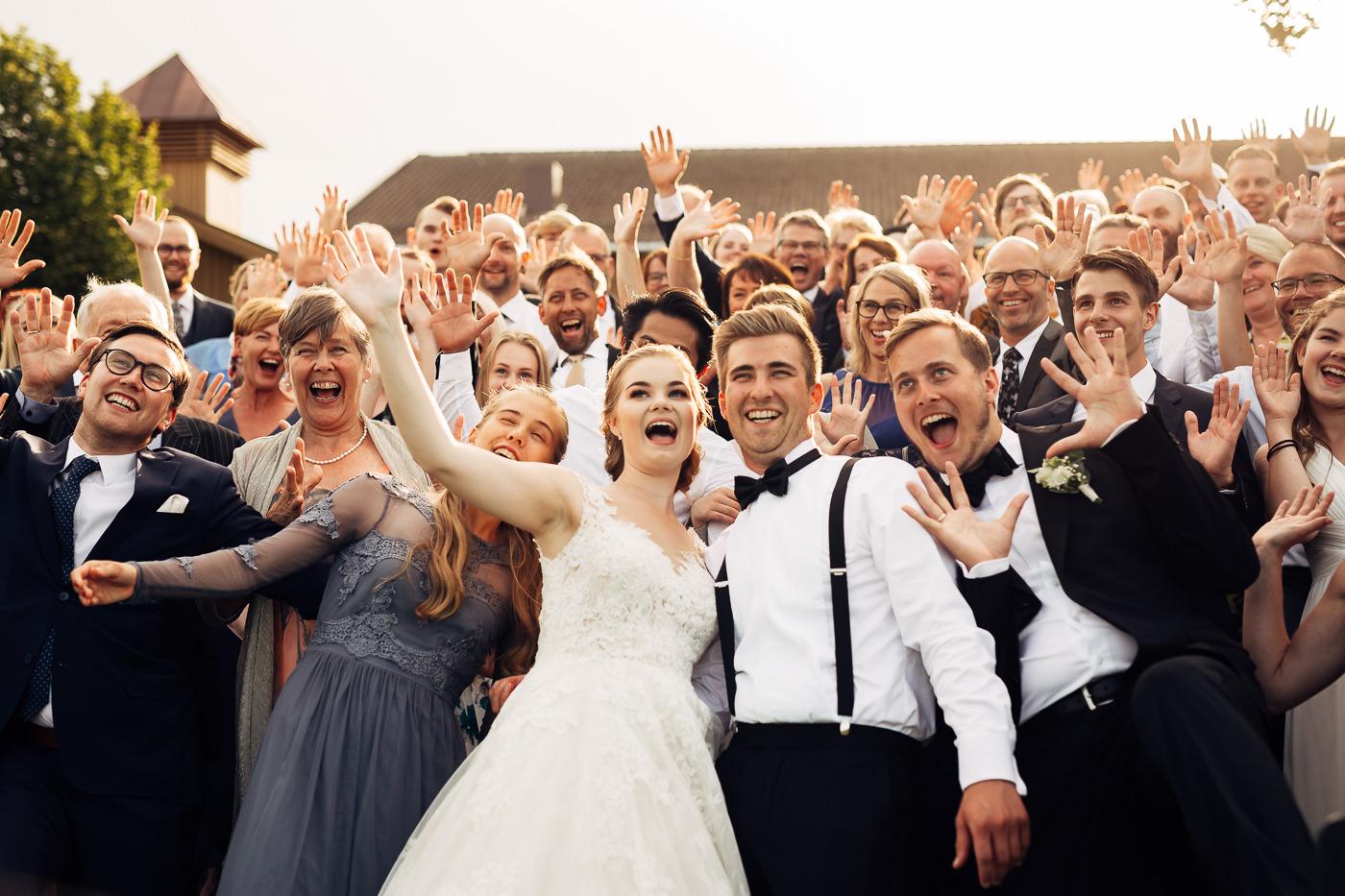 Marte & Mathias - heldagsfotografering i Horten med magisk avslutning Bryllup Dal Gjestegard Horten Vestfold 16