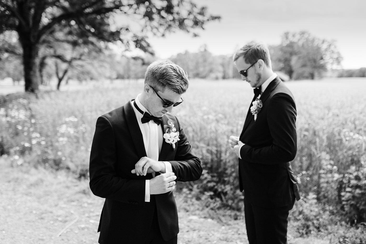 Marte & Mathias - heldagsfotografering i Horten med magisk avslutning Bryllup Dal Gjestegard Horten Vestfold 24
