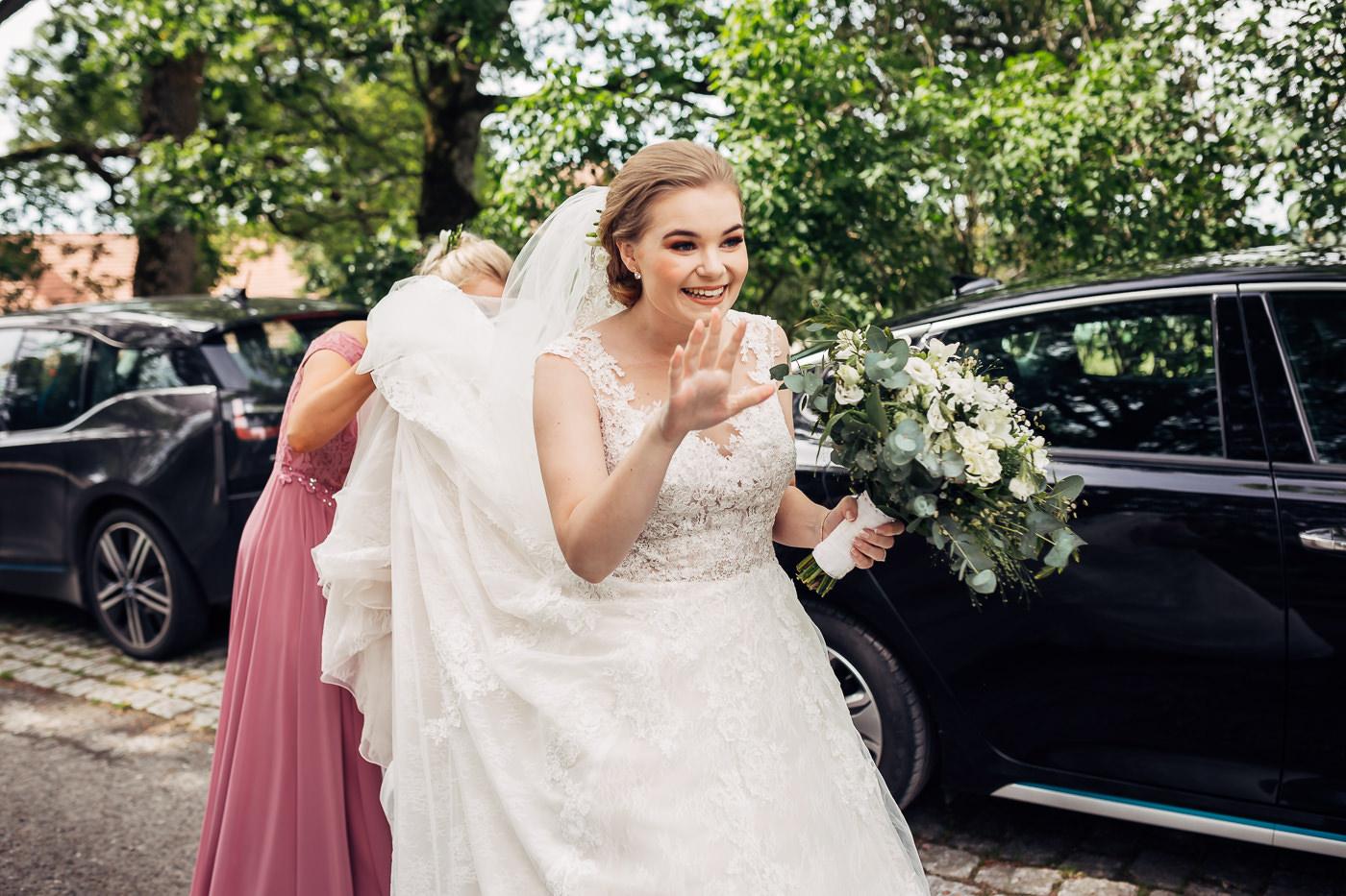 Marte & Mathias - heldagsfotografering i Horten med magisk avslutning Bryllup Dal Gjestegard Horten Vestfold 37