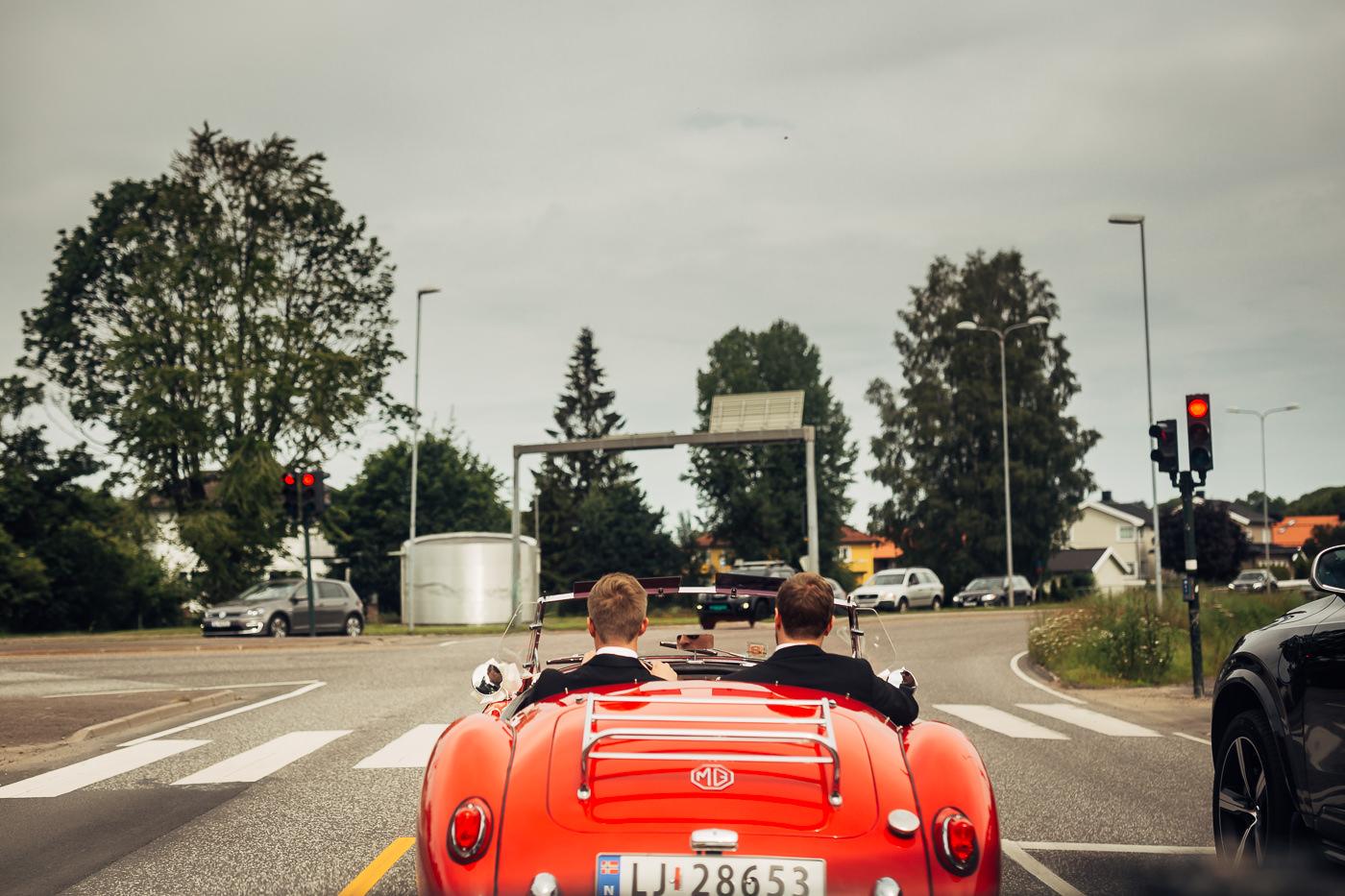 Marte & Mathias - heldagsfotografering i Horten med magisk avslutning Bryllup Dal Gjestegard Horten Vestfold 39