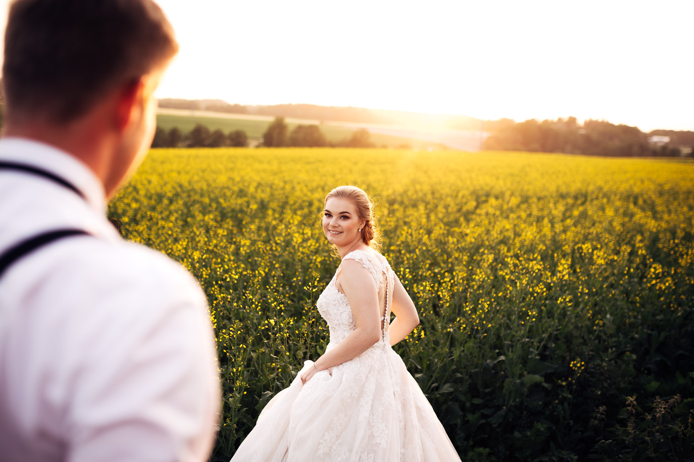 Marte & Mathias - heldagsfotografering i Horten med magisk avslutning Bryllup Dal Gjestegard Horten Vestfold 6