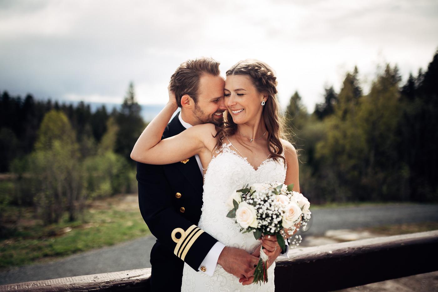 Henriette & Patrick - energisk maibryllup på Holmenkollen Bryllup Eckbo Selskapslokaler 42 Bryllup