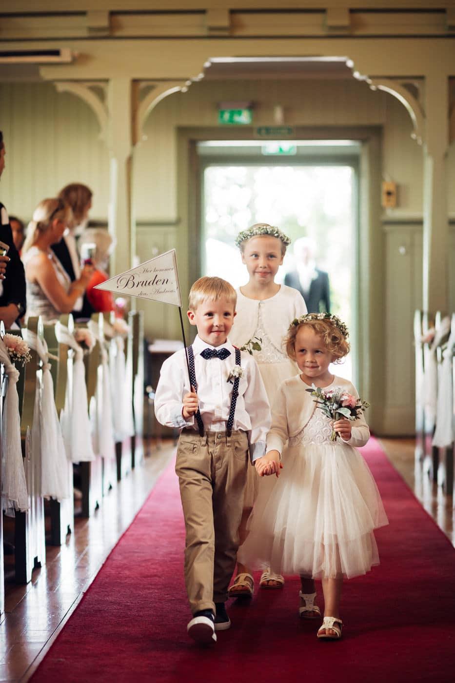 Karoline & Andreas - bryllup i Østfold med magiske detaljer Bryllup Fredrikstad Fotograf 20