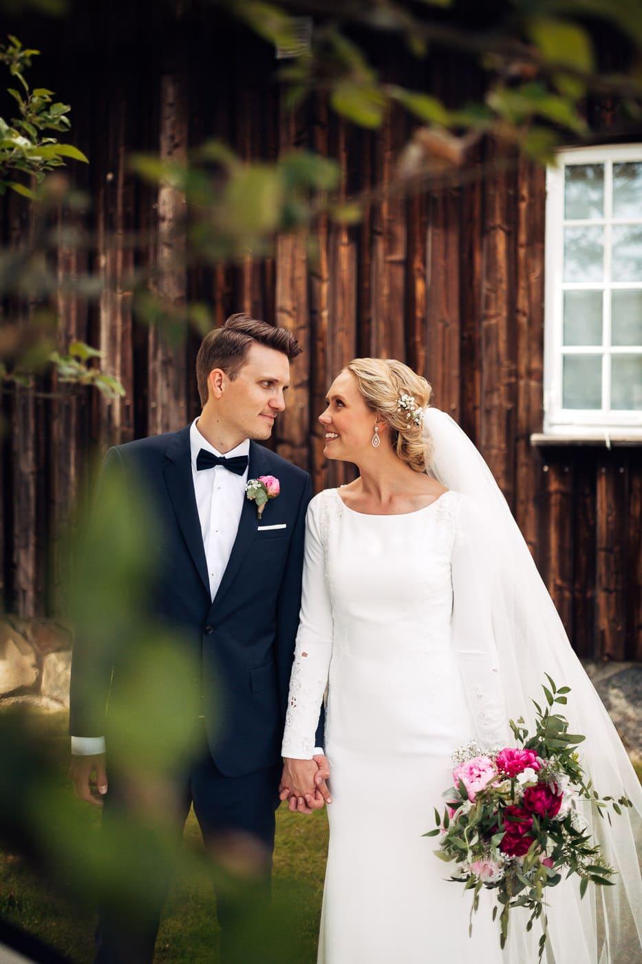 Karoline & Andreas - bryllup i Østfold med magiske detaljer Bryllup Fredrikstad Fotograf 34