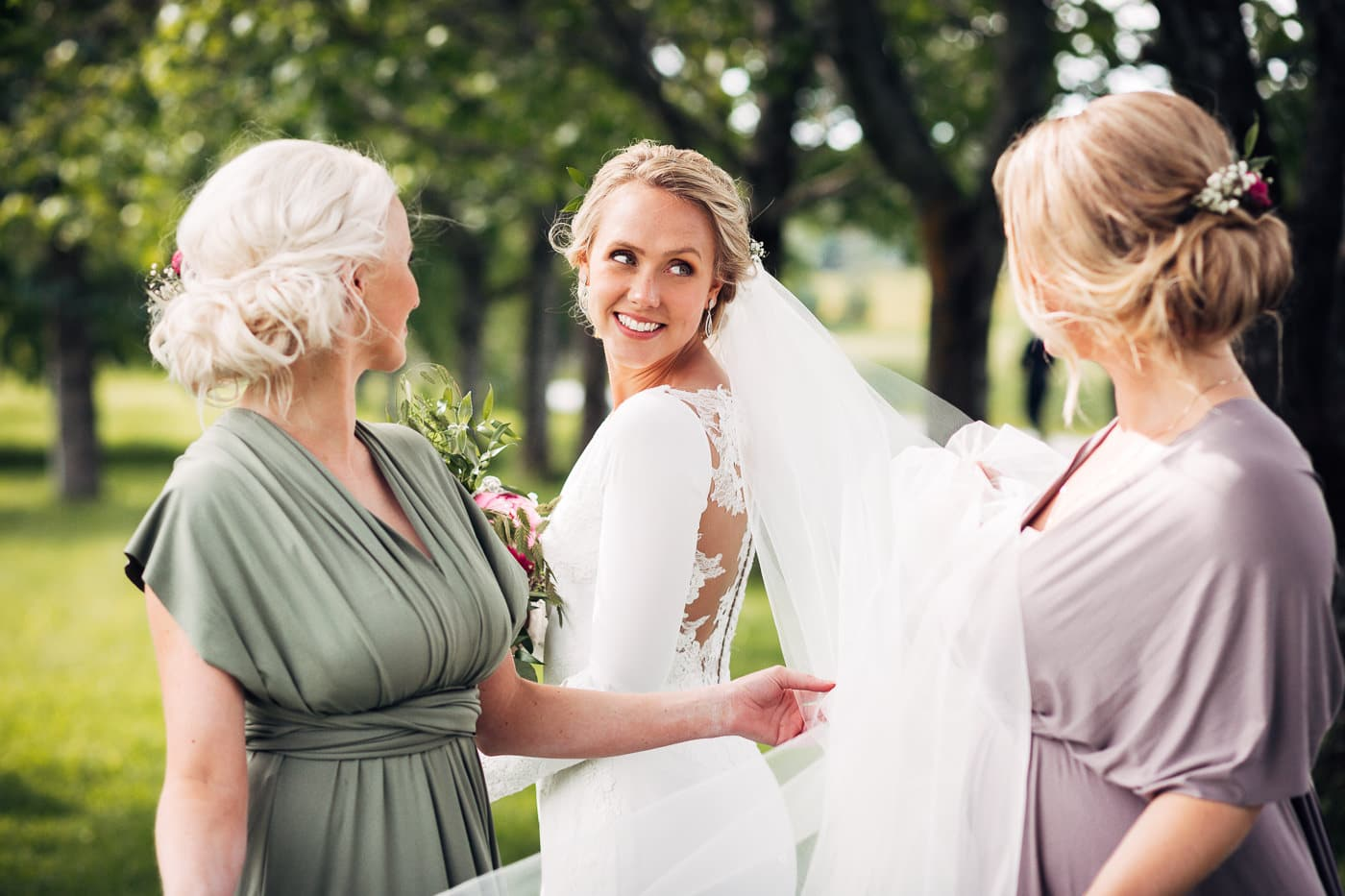 Karoline & Andreas - bryllup i Østfold med magiske detaljer Bryllup Fredrikstad Fotograf 50