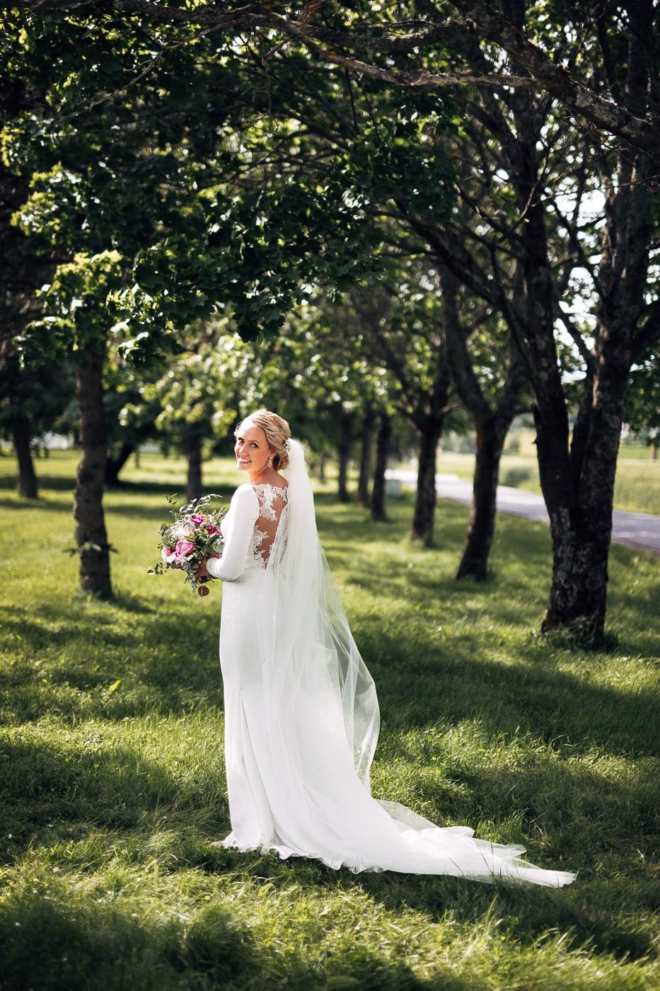 Karoline & Andreas - bryllup i Østfold med magiske detaljer Bryllup Fredrikstad Fotograf 55