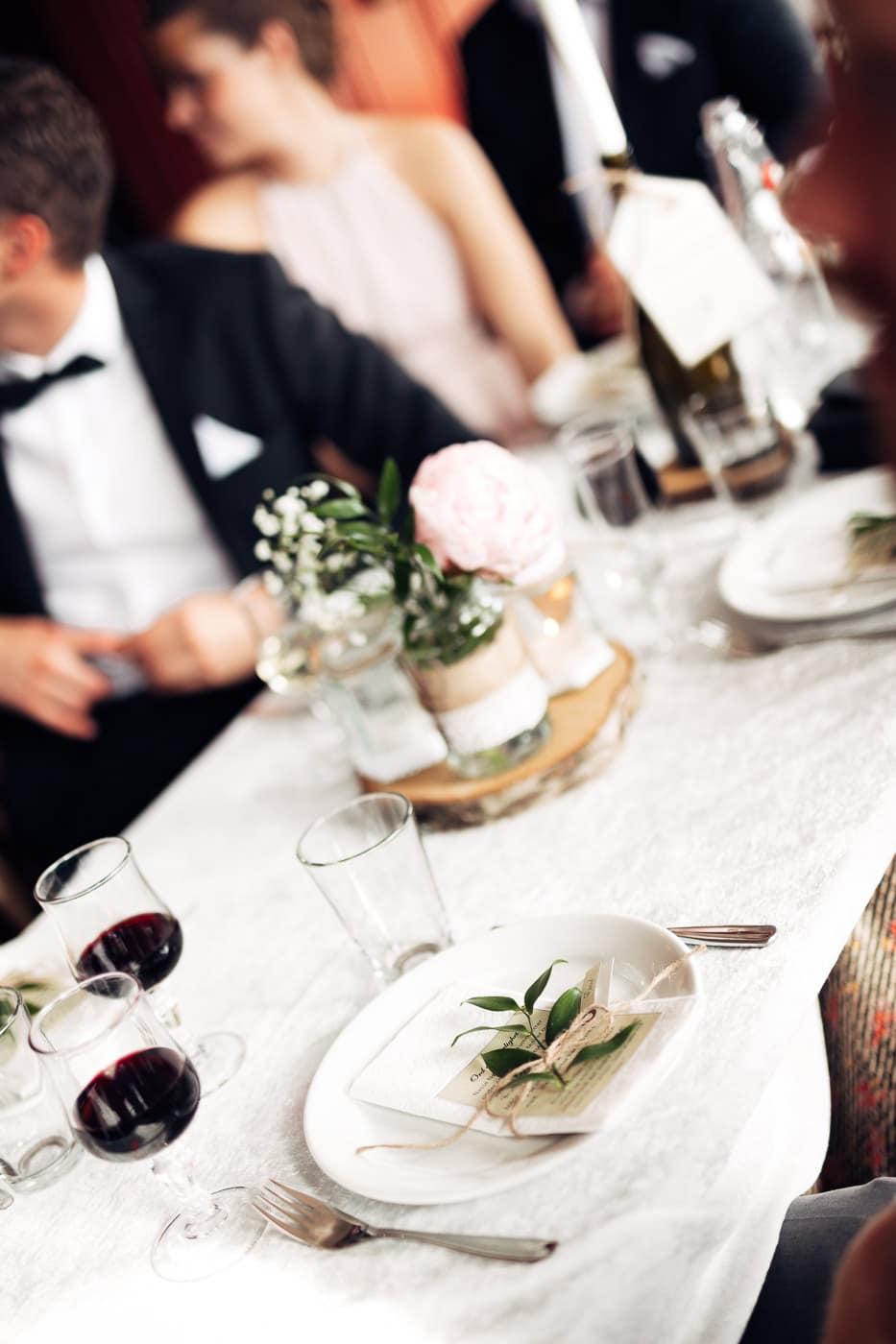Karoline & Andreas - bryllup i Østfold med magiske detaljer Bryllup Fredrikstad Fotograf 61