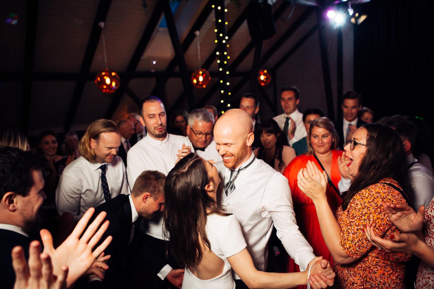 Malene & Ole Martin - elegant dansk- norskt bryllup i Oslo Bryllup Gamle Aker Oslo 10 Akershus