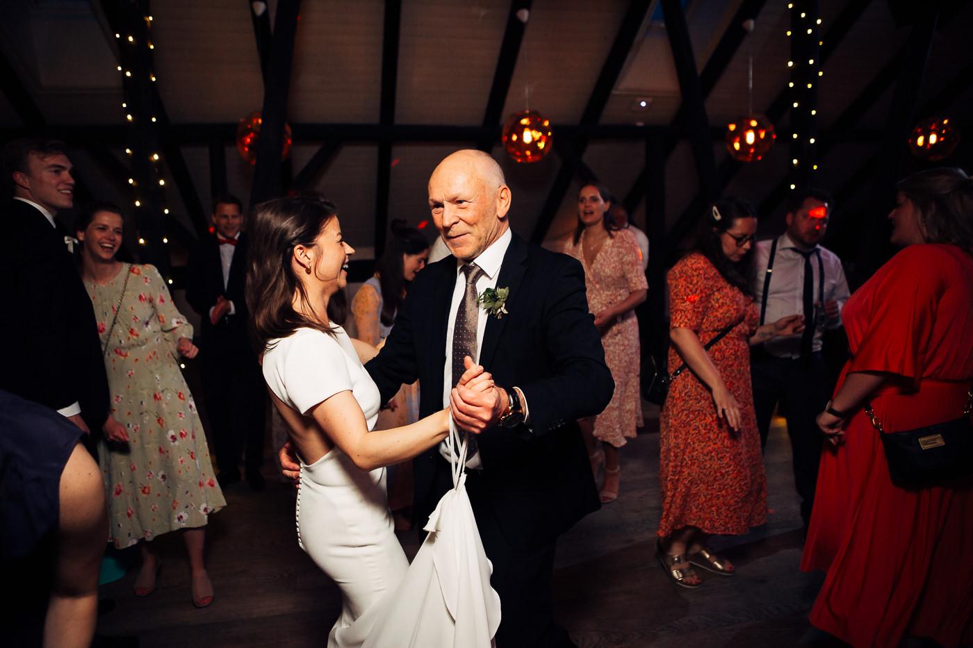 Malene & Ole Martin - elegant dansk- norskt bryllup i Oslo Bryllup Gamle Aker Oslo 3 Akershus