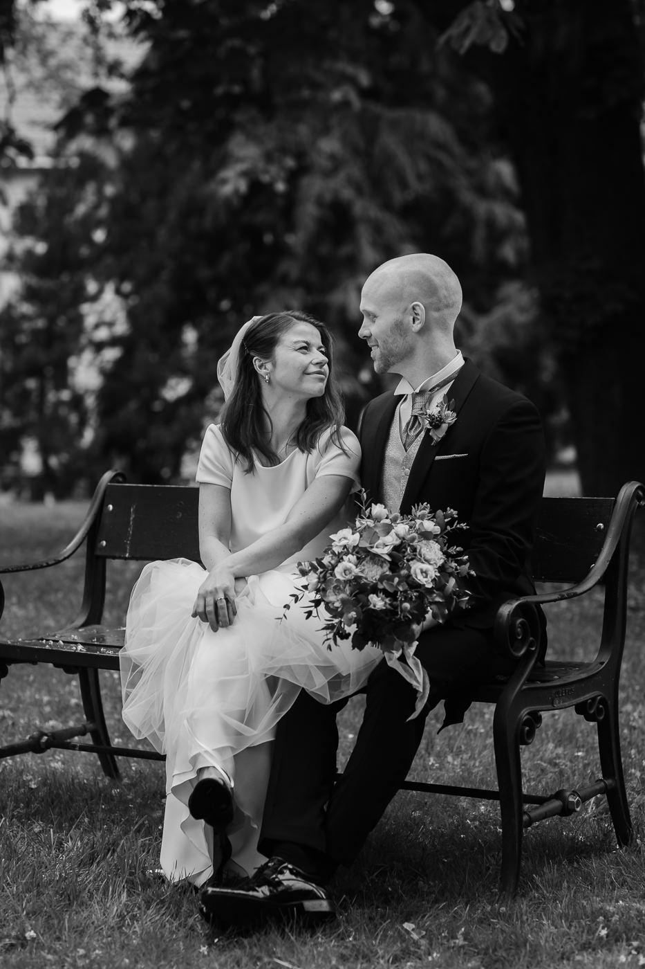 Malene & Ole Martin - elegant dansk- norskt bryllup i Oslo Bryllup Gamle Aker Oslo 39 Akershus