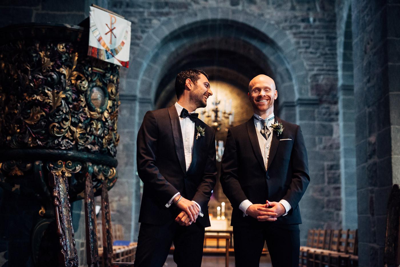 Malene & Ole Martin - elegant dansk- norskt bryllup i Oslo Bryllup Gamle Aker Oslo 51 Akershus