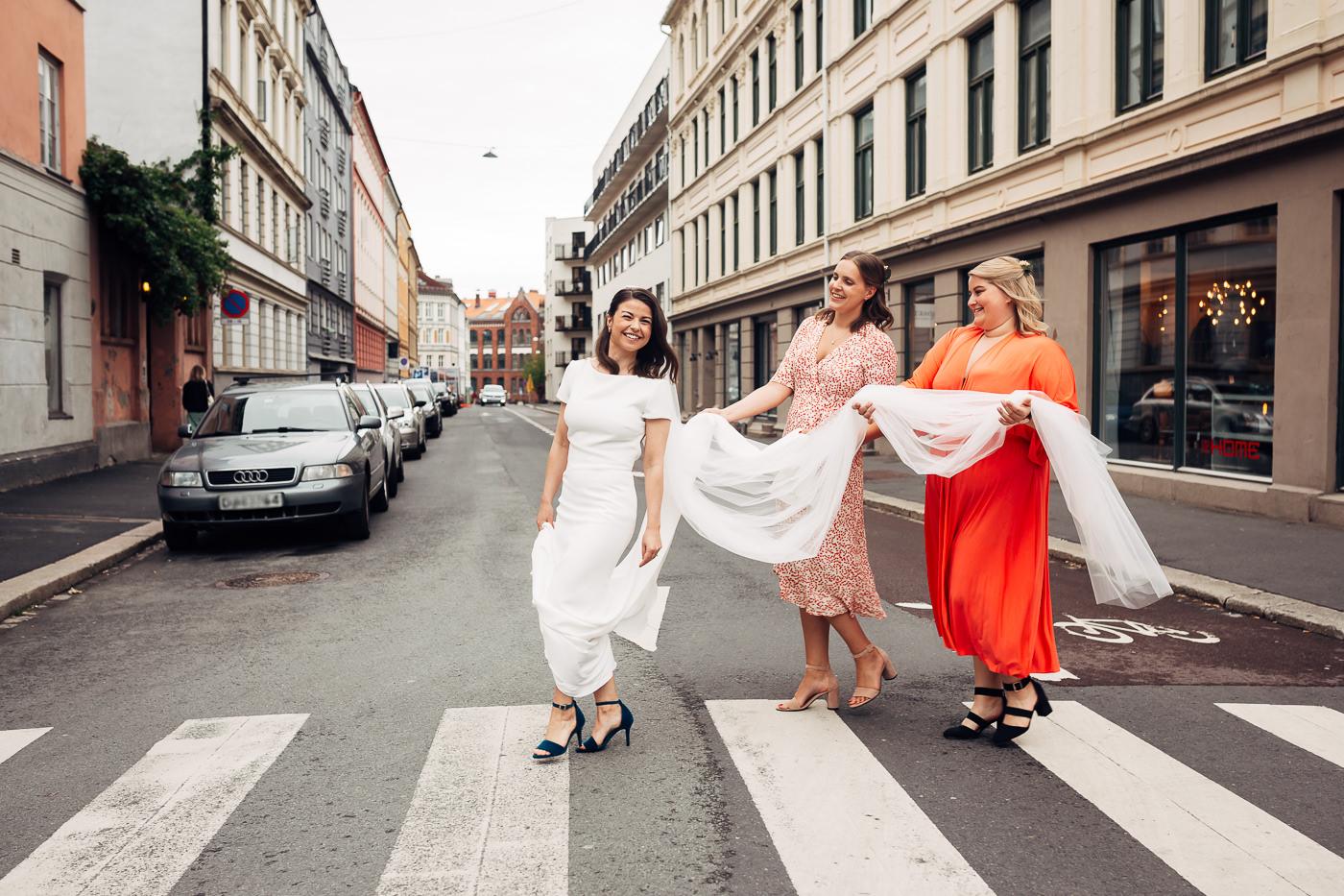 Malene & Ole Martin - elegant dansk- norskt bryllup i Oslo Bryllup Gamle Aker Oslo 54 Akershus