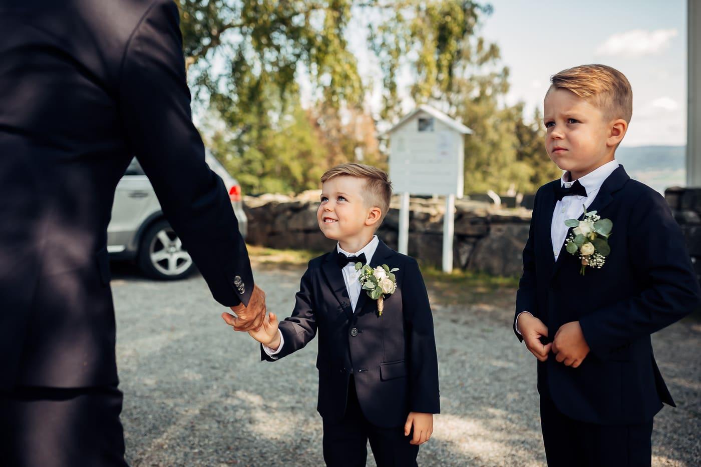 Linn & Frank - rørende og vakkert låvebryllup i Minnesund Bryllupsbilder Minnesund Eidsvoll 21 Brudepar