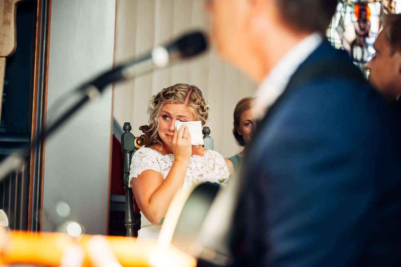 Linn & Frank - rørende og vakkert låvebryllup i Minnesund Bryllupsbilder Minnesund Eidsvoll 27 Brudepar