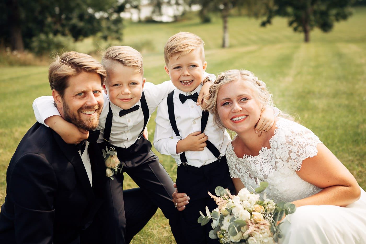 Linn & Frank - rørende og vakkert låvebryllup i Minnesund Bryllupsbilder Minnesund Eidsvoll 34 Brudepar
