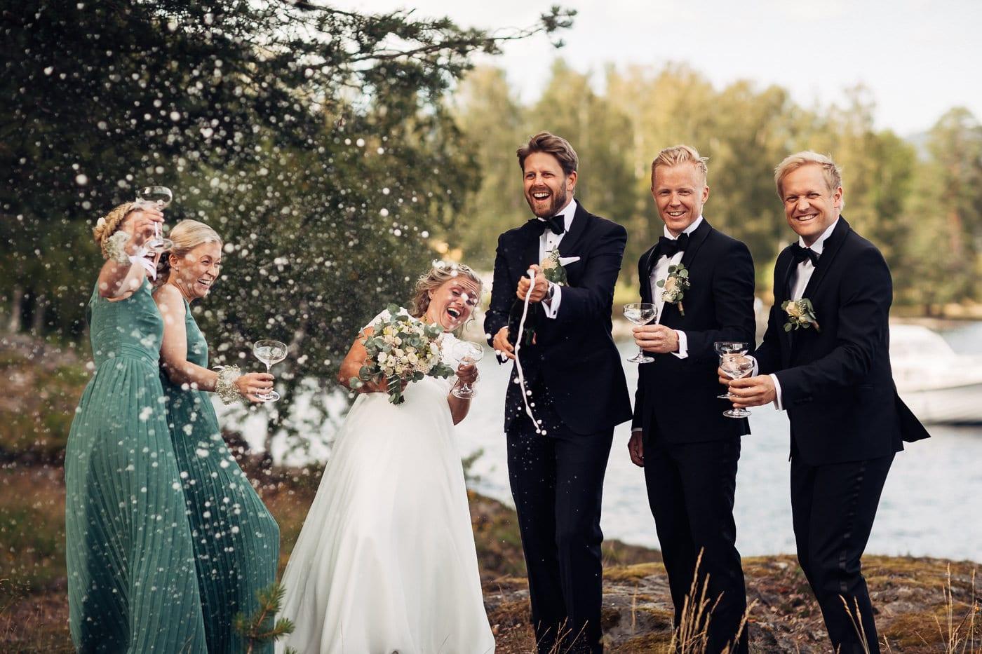 Linn & Frank - rørende og vakkert låvebryllup i Minnesund Bryllupsbilder Minnesund Eidsvoll 44 Brudepar