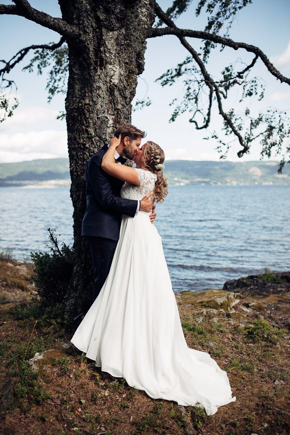 Linn & Frank - rørende og vakkert låvebryllup i Minnesund Bryllupsbilder Minnesund Eidsvoll 47 Brudepar