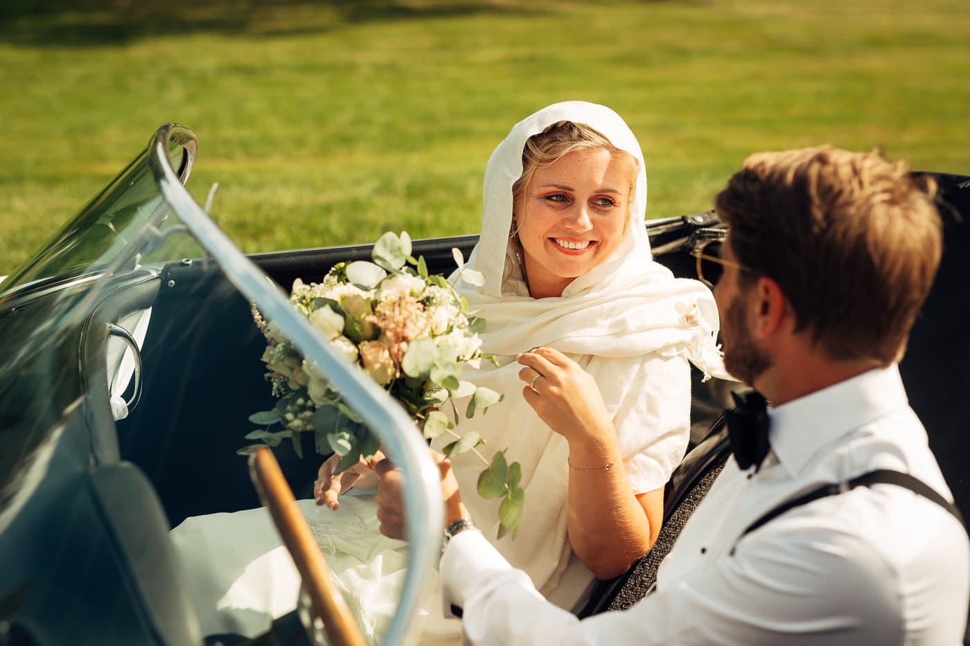 Linn & Frank - rørende og vakkert låvebryllup i Minnesund Bryllupsbilder Minnesund Eidsvoll 56 Brudepar