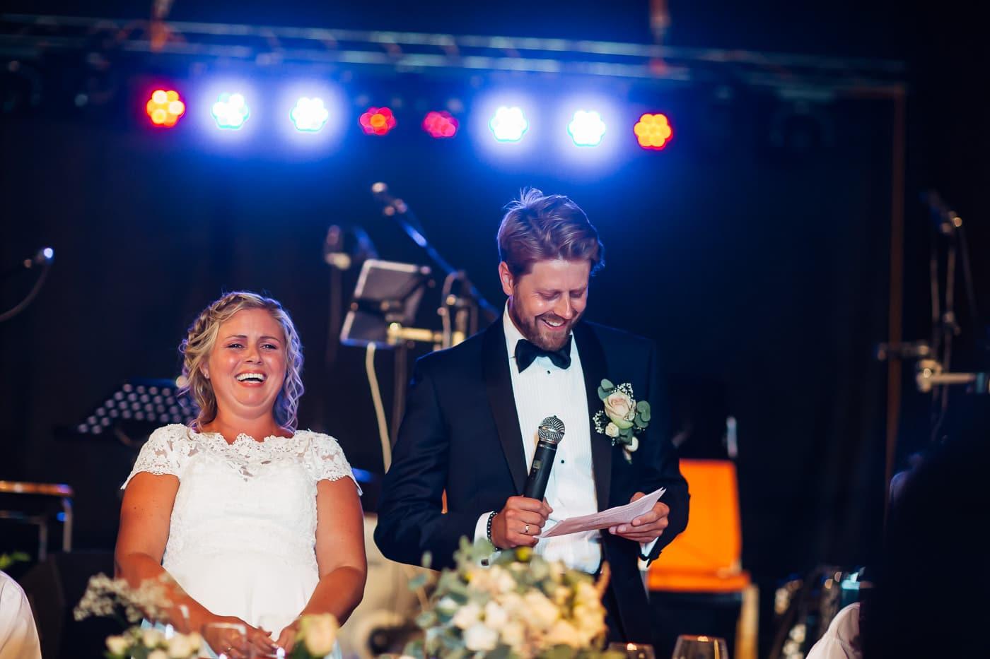 Linn & Frank - rørende og vakkert låvebryllup i Minnesund Bryllupsbilder Minnesund Eidsvoll 60 Brudepar