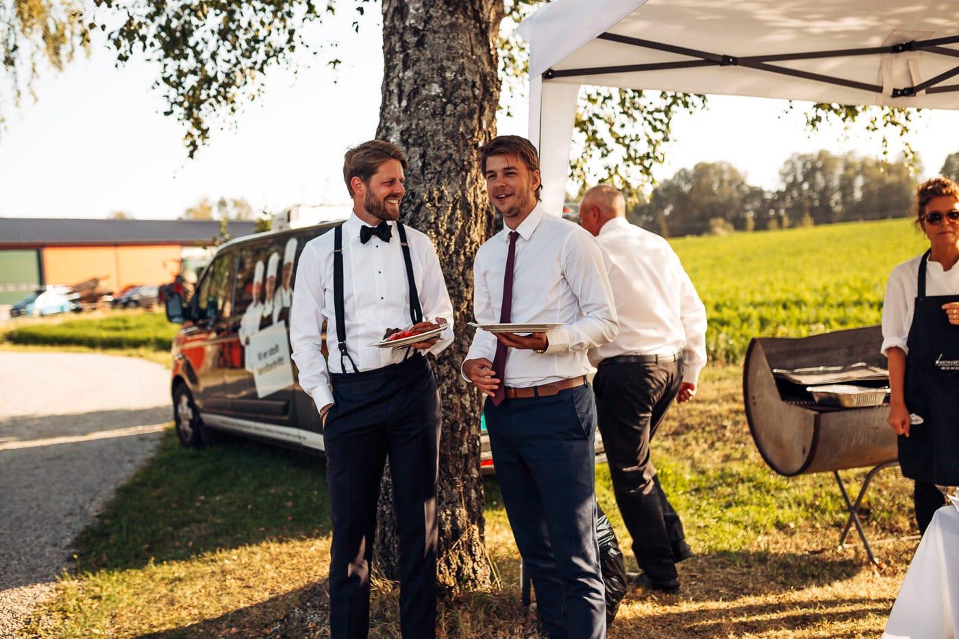 Linn & Frank - rørende og vakkert låvebryllup i Minnesund Bryllupsbilder Minnesund Eidsvoll 68 Brudepar