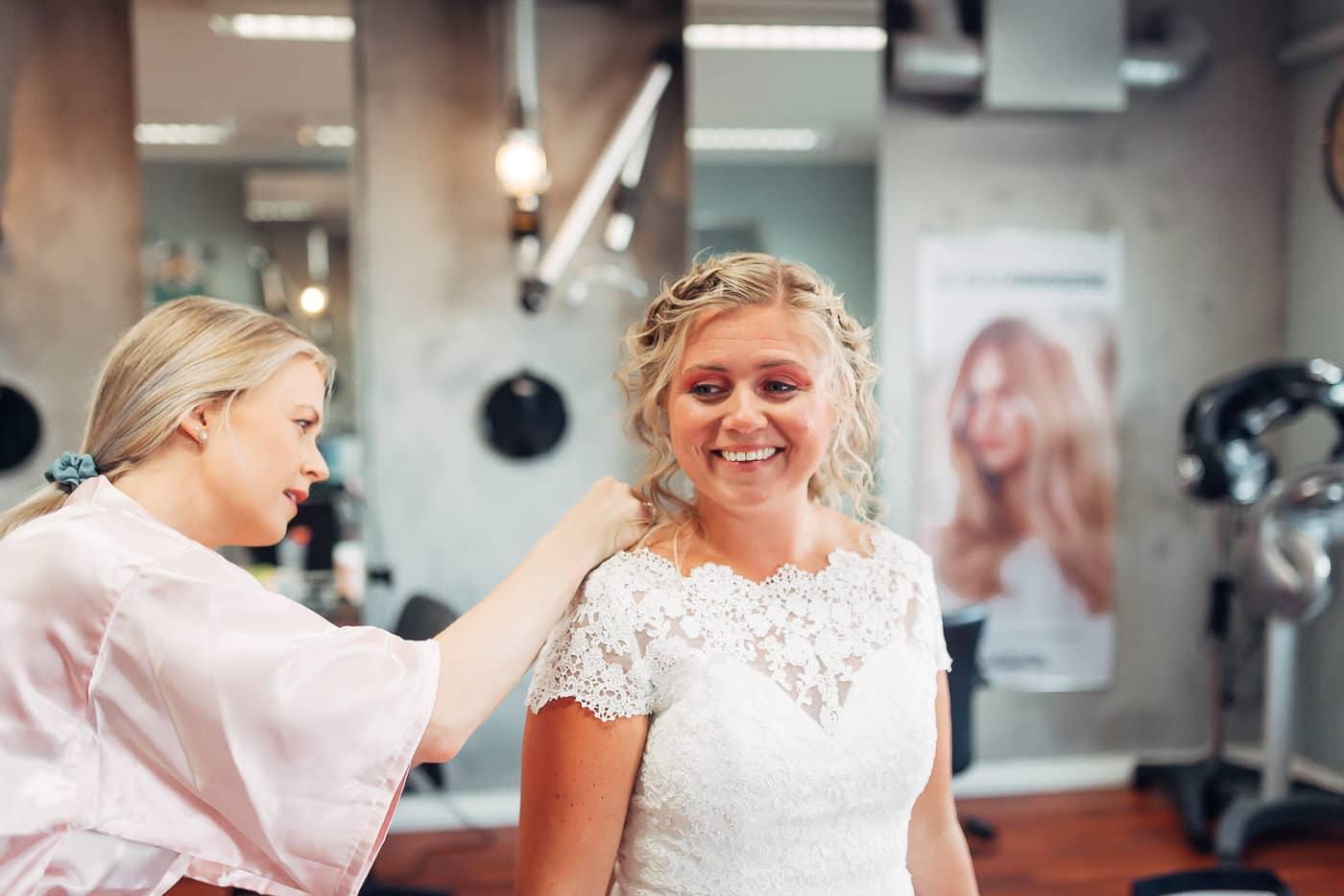 Linn & Frank - rørende og vakkert låvebryllup i Minnesund Bryllupsbilder Minnesund Eidsvoll 9 Brudepar