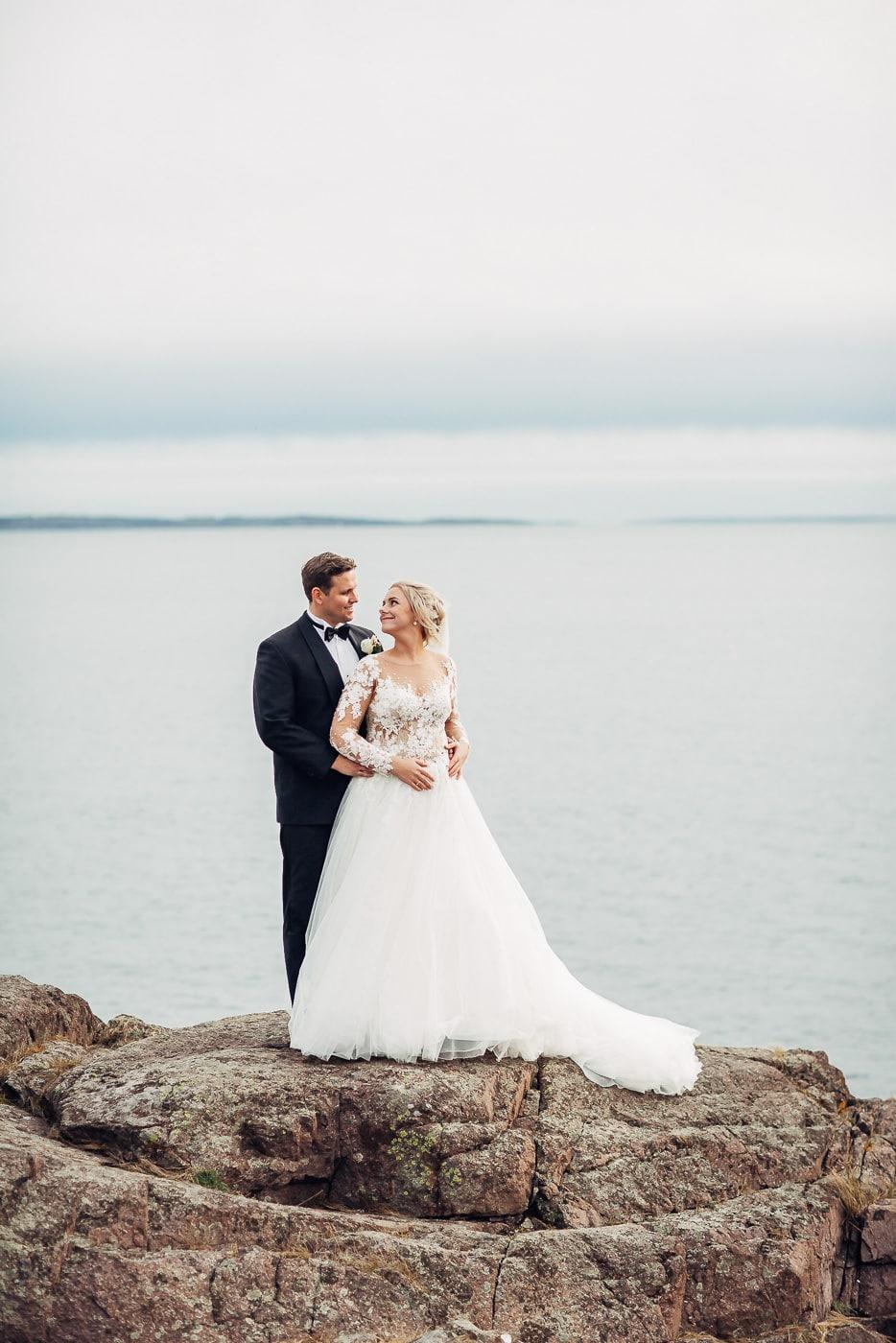 Klara & Stefan - hjertevarmt bryllup i Tønsberg Fotograf bryllup Karlsvik Vestfold 17 Brudepar