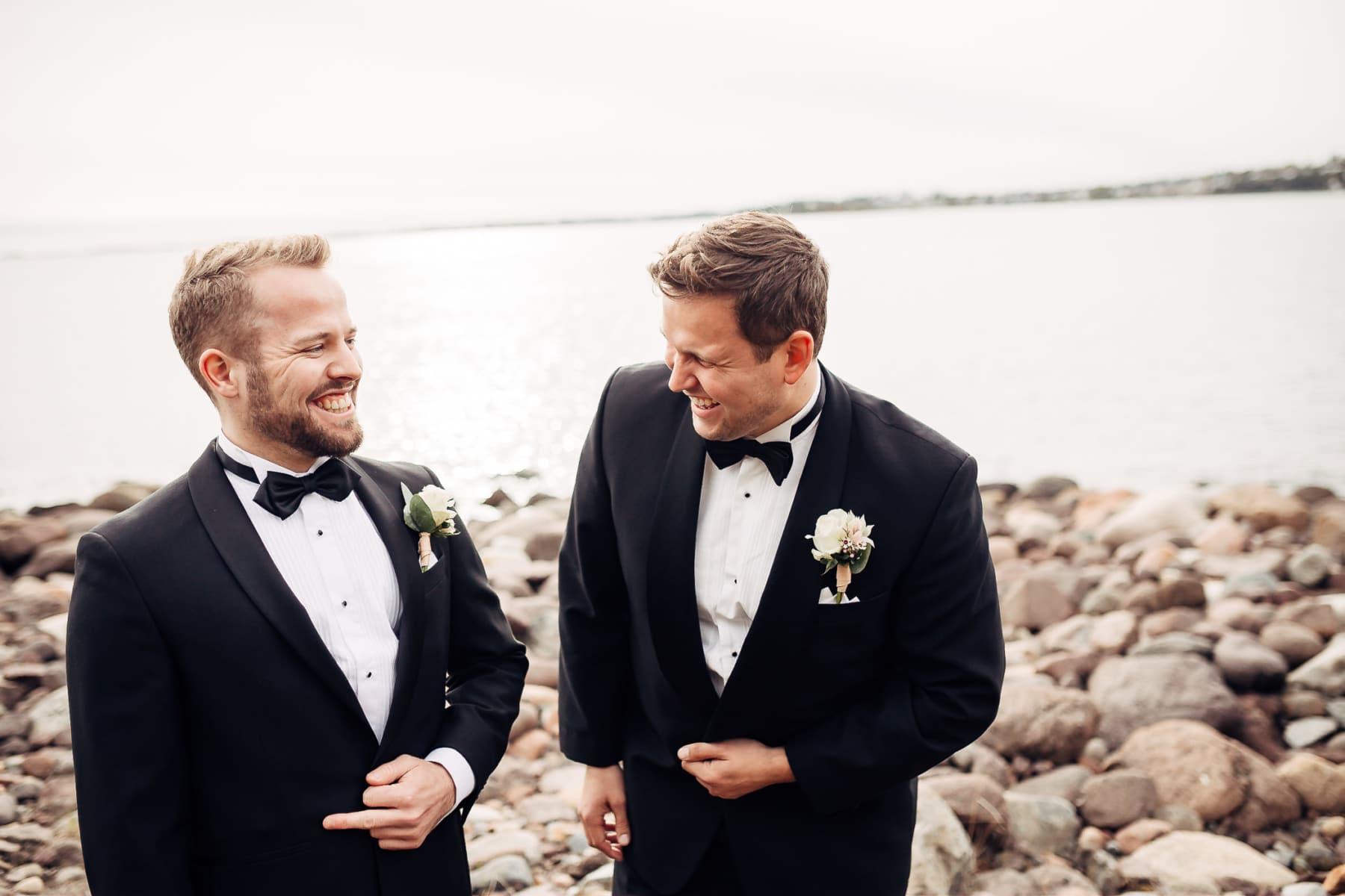 Klara & Stefan - hjertevarmt bryllup i Tønsberg Fotograf bryllup Karlsvik Vestfold 19 Brudepar