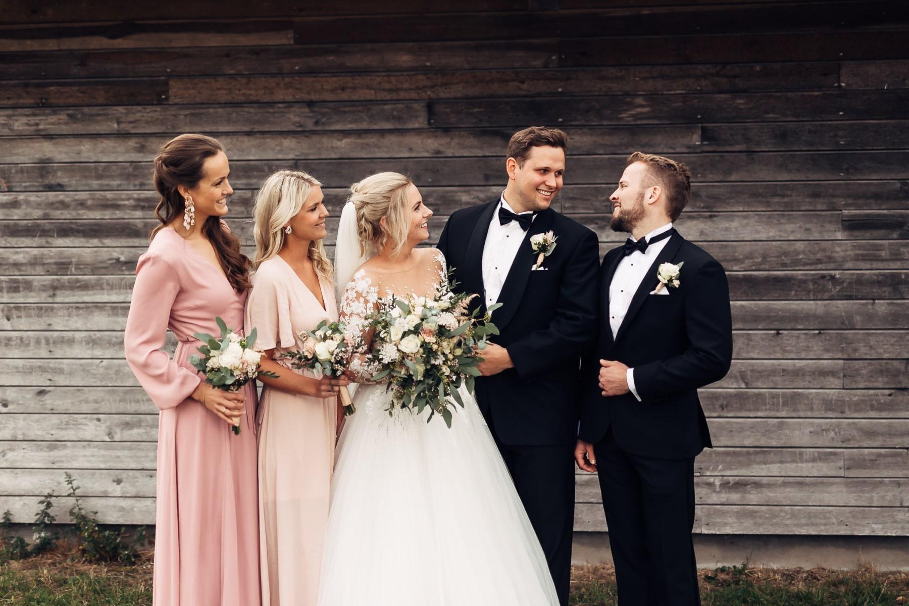 Klara & Stefan - hjertevarmt bryllup i Tønsberg Fotograf bryllup Karlsvik Vestfold 25 Brudepar
