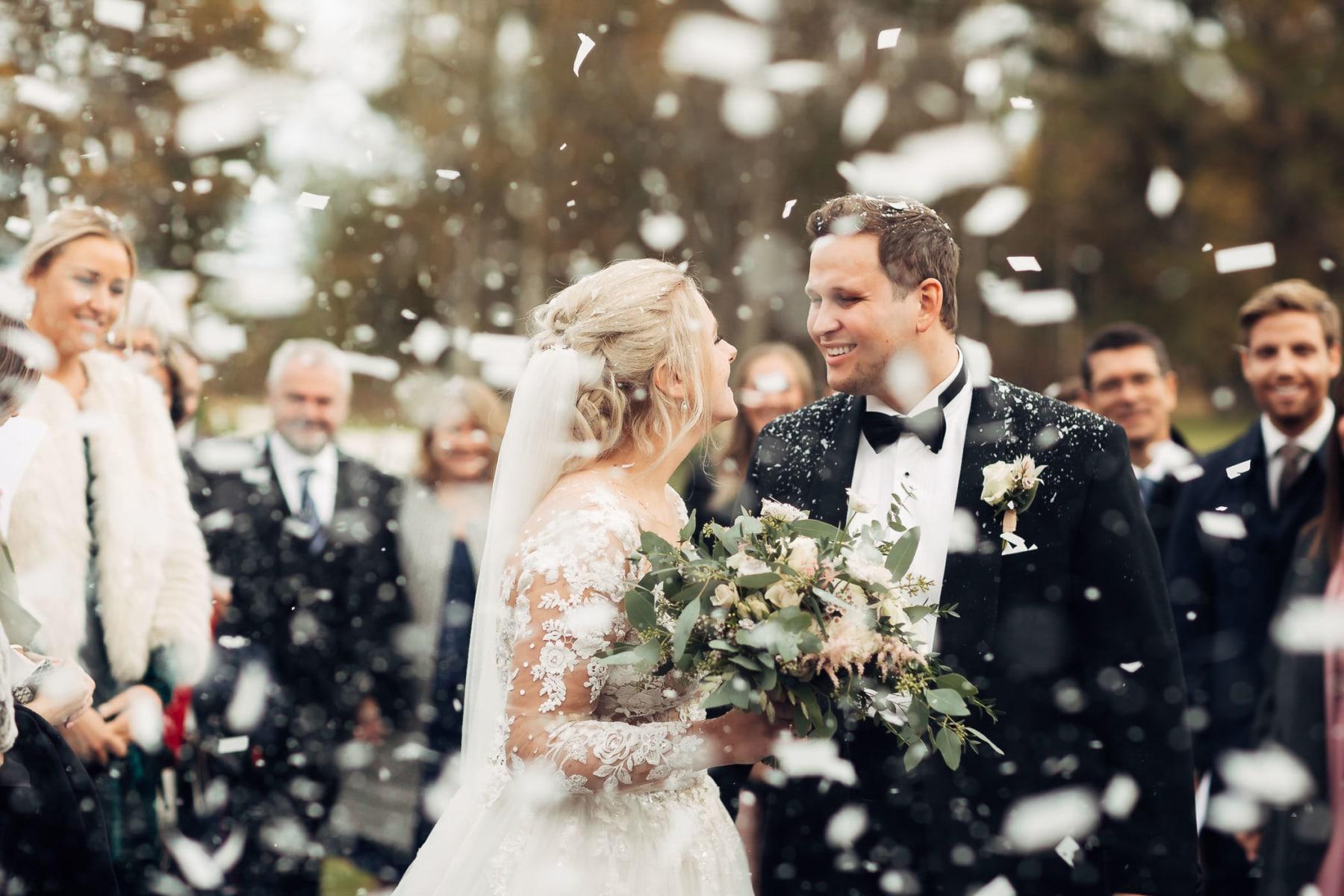 Klara & Stefan - hjertevarmt bryllup i Tønsberg Fotograf bryllup Karlsvik Vestfold 42 Brudepar