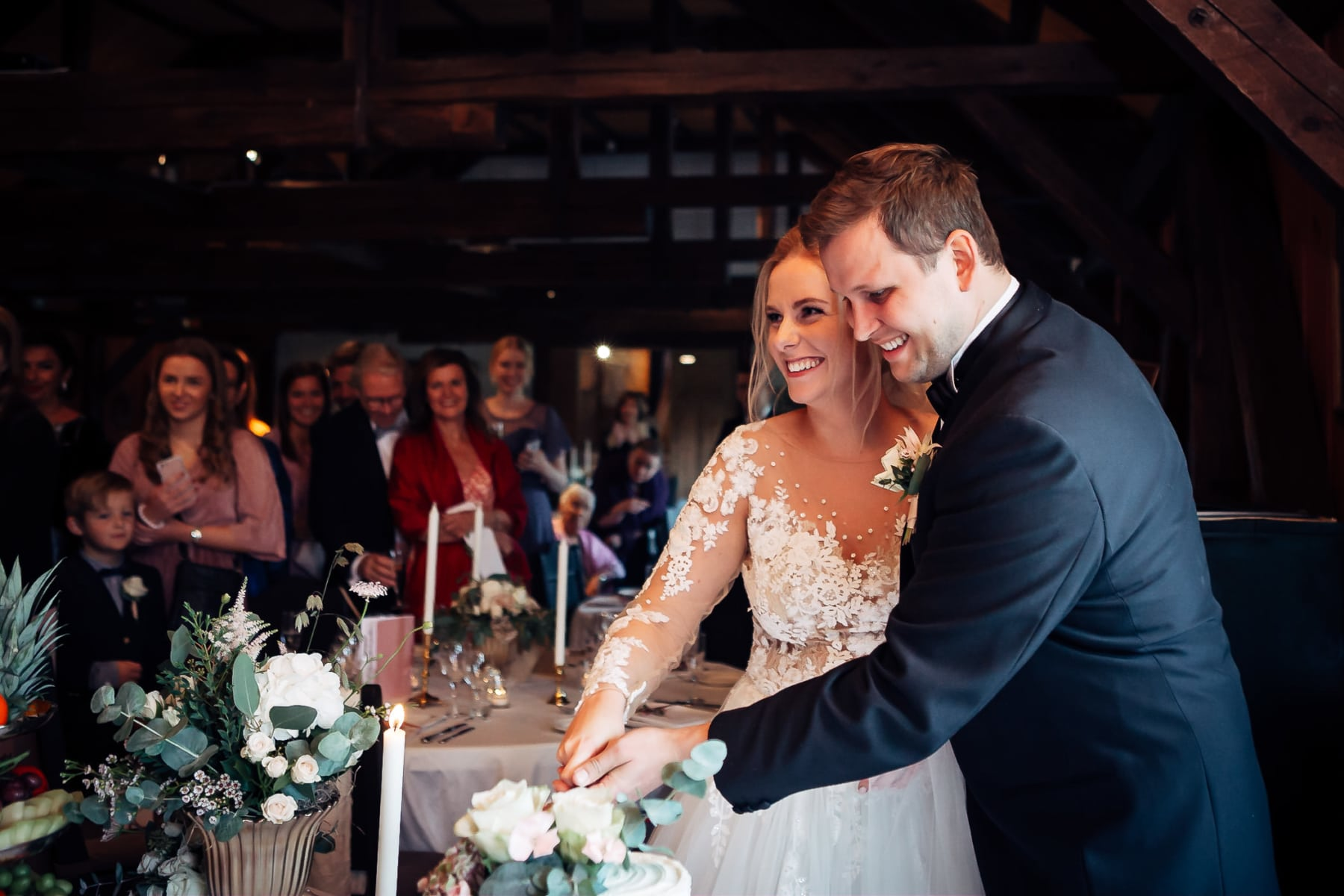 Klara & Stefan - hjertevarmt bryllup i Tønsberg Fotograf bryllup Karlsvik Vestfold 46 Brudepar