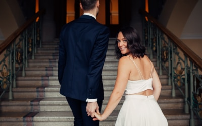Caroline & Bendik – avslappet og morsomt bryllup i Ski