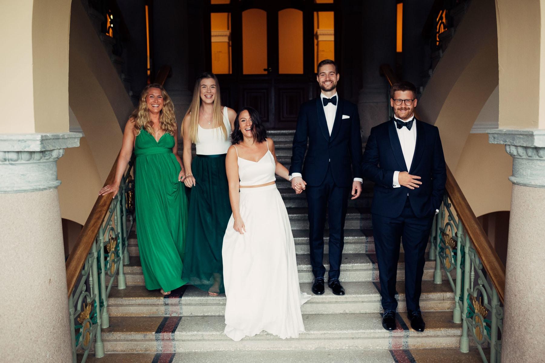 Caroline & Bendik - avslappet og morsomt bryllup i Ski Fotograf bryllup ski 17 Brudepar
