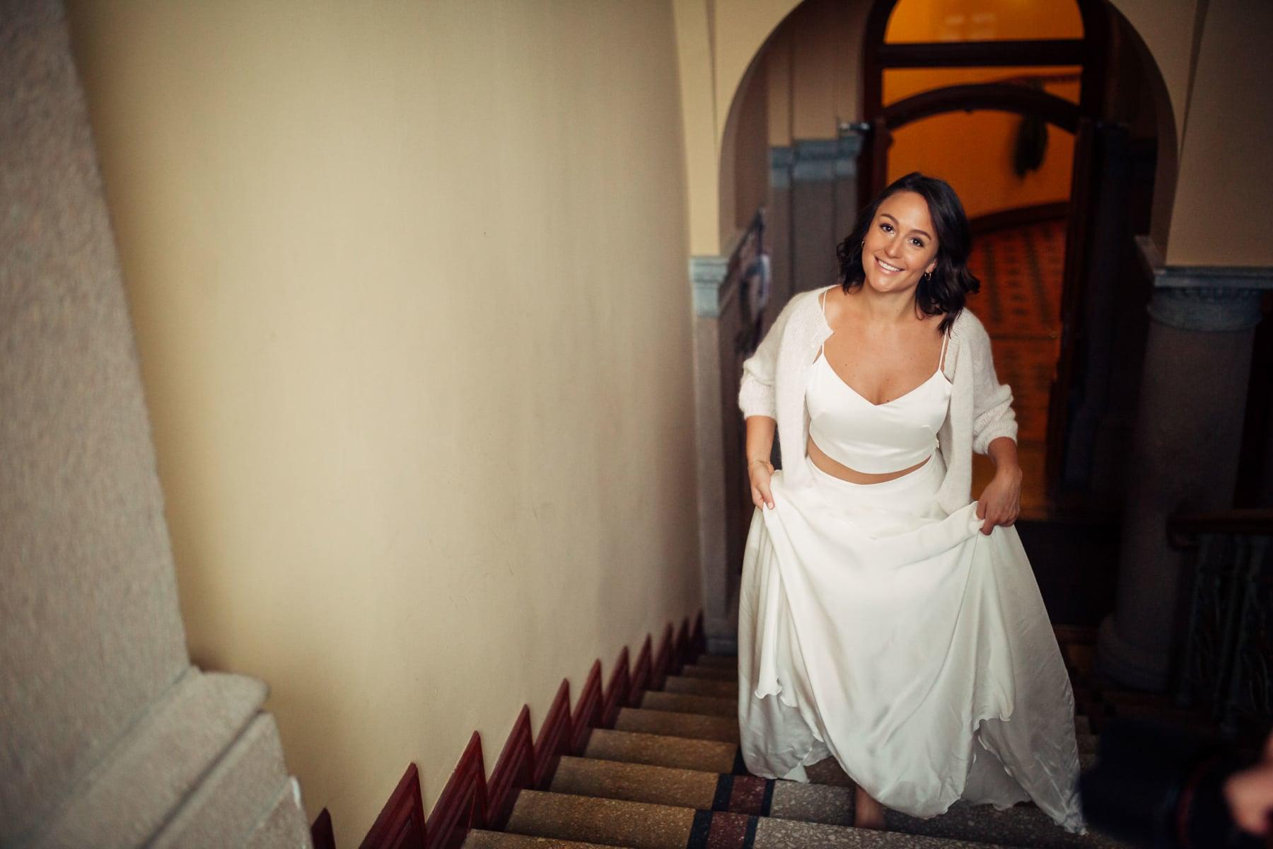 Caroline & Bendik - avslappet og morsomt bryllup i Ski Fotograf bryllup ski 4 Brudepar