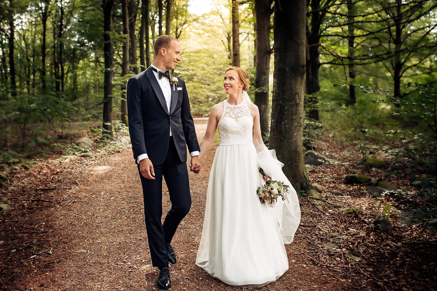Mette & Lars - eventyrlig sommerbryllup i Grimstad Strand Hotell Fevik Bryllup 25