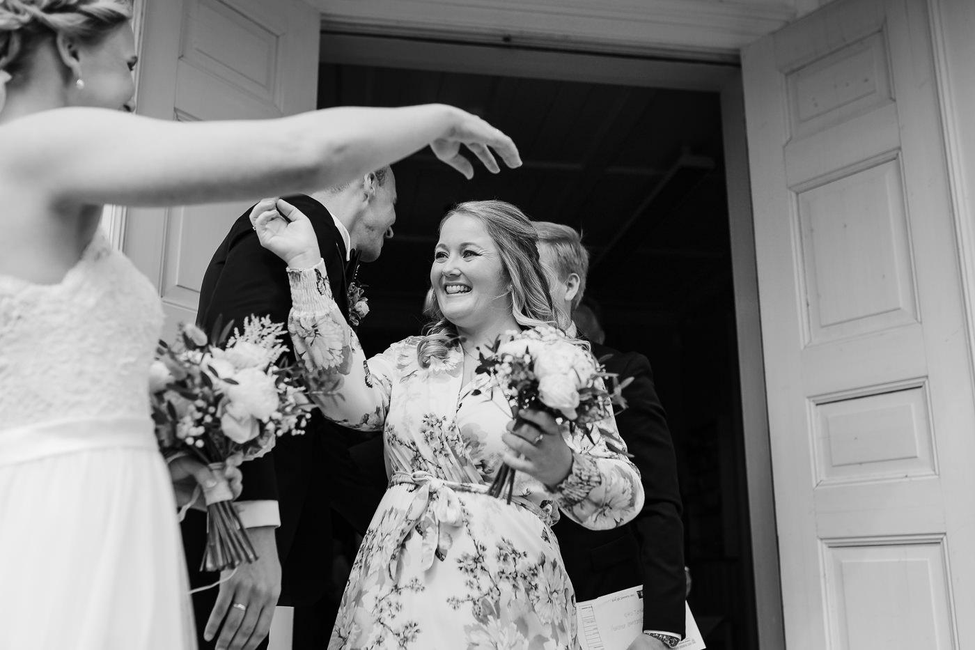 Mette & Lars - eventyrlig sommerbryllup i Grimstad Strand Hotell Fevik Bryllup 42