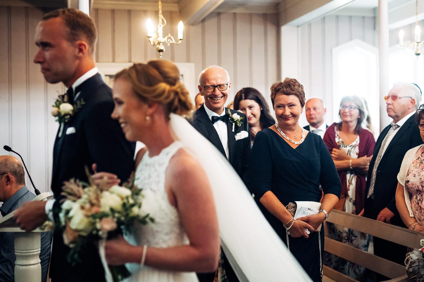 Mette & Lars - eventyrlig sommerbryllup i Grimstad Strand Hotell Fevik Bryllup 51