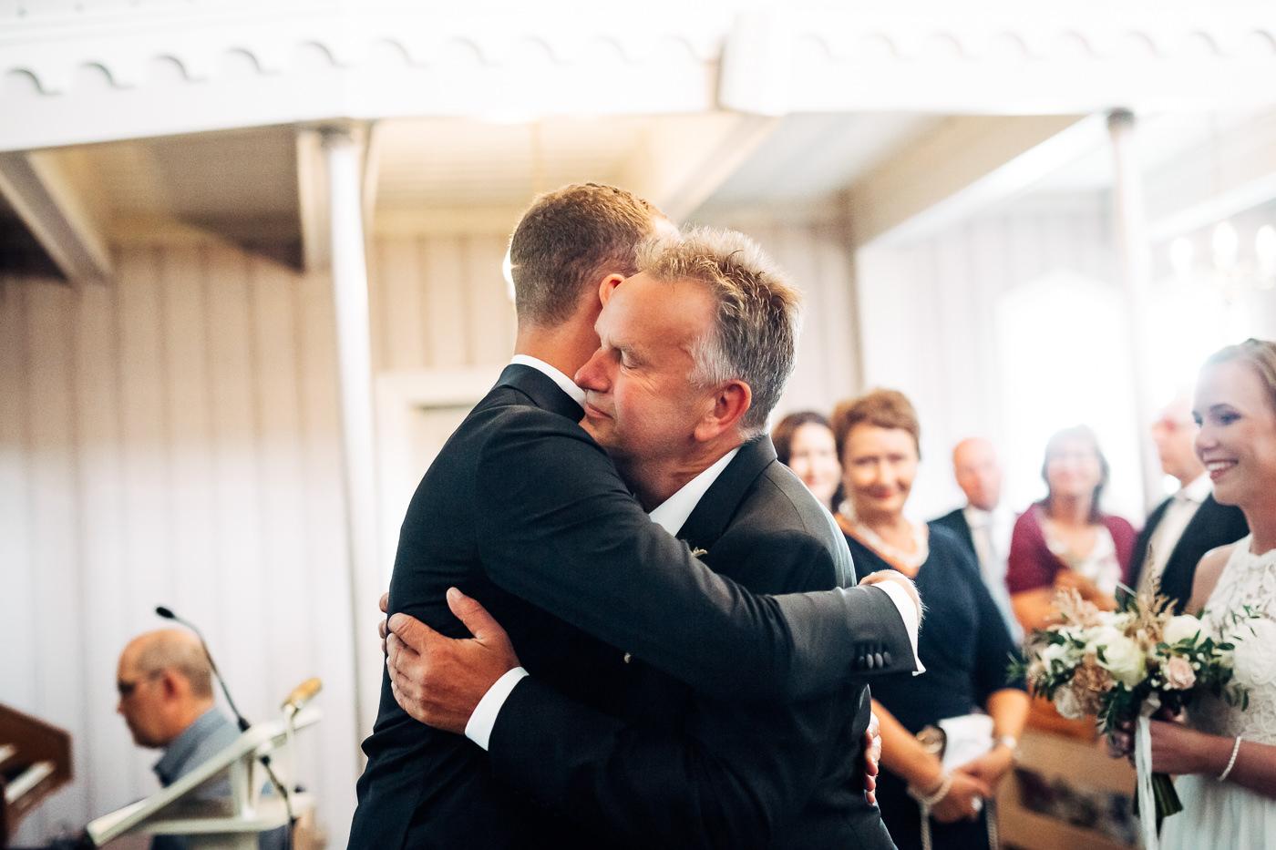 Mette & Lars - eventyrlig sommerbryllup i Grimstad Strand Hotell Fevik Bryllup 52