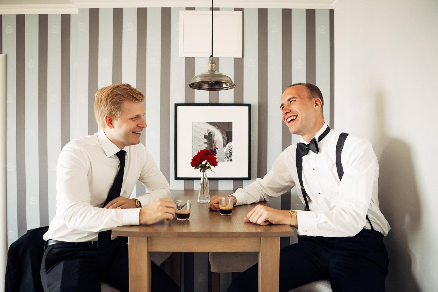 Mette & Lars - eventyrlig sommerbryllup i Grimstad Strand Hotell Fevik Bryllup 66