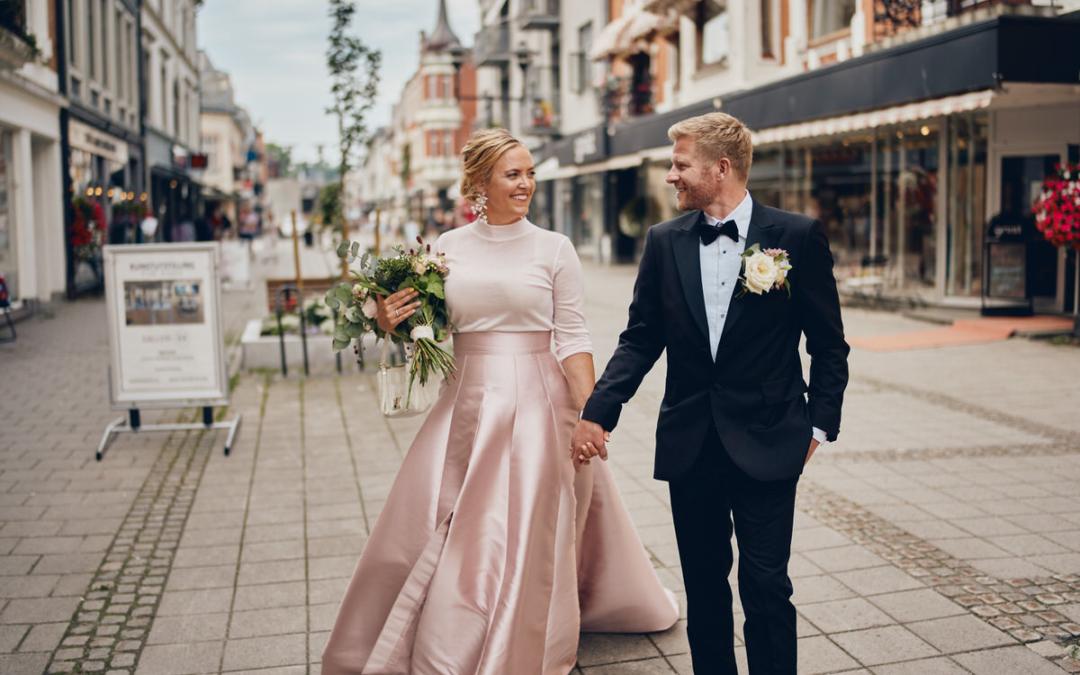 Fargerikt og unikt bryllup på Midtåsen i Sandefjord